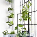 Vertical Flowerpots_White- Single Softpots_Beige_Black